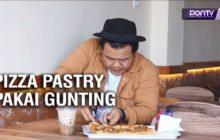 Makannya Pakai Gunting, Pizza Pastry di Queen Pastry Pontianak